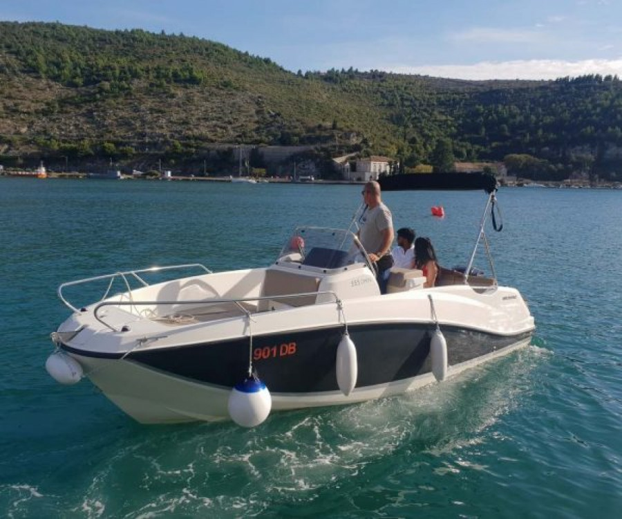 Quicksilver Activ 555 Open between personal and professional Dubrovnik