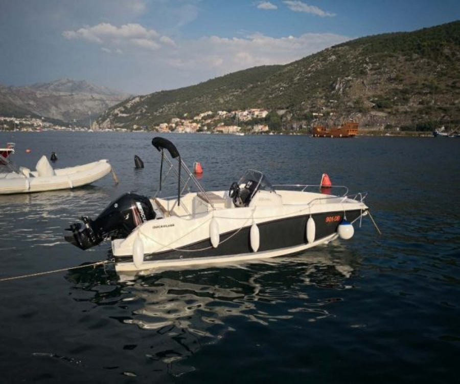 Rent a Quicksilver Activ 555 Open Dubrovnik