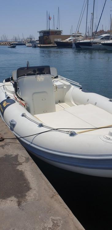 Rent a Motonautica-Vesuviana MV 570 Comfort Hyères