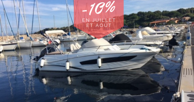 Jeanneau Cap Camarat 755 WA between personal and professional Six-Fours-les-Plages