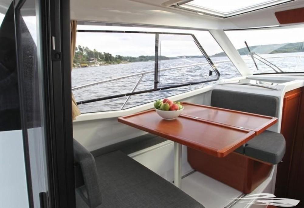 Rental Motorboat in Trogir - Jeanneau Merry Fisher 855