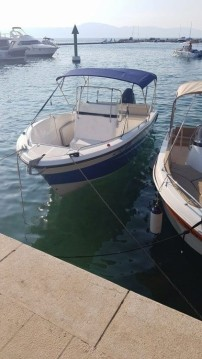 Rental Motorboat in Malinska-Dubašnica - Elan Fishing 650 Cabin