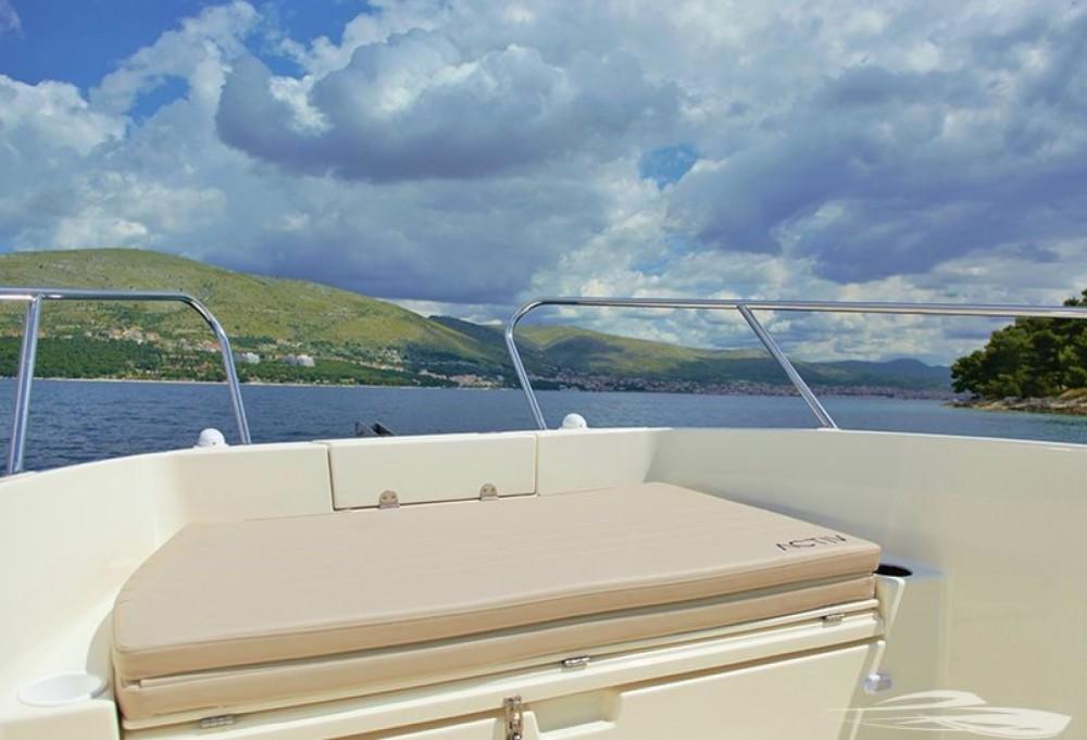 Boat rental Quicksilver Quicksilver 675 Activ Open in Trogir on Samboat