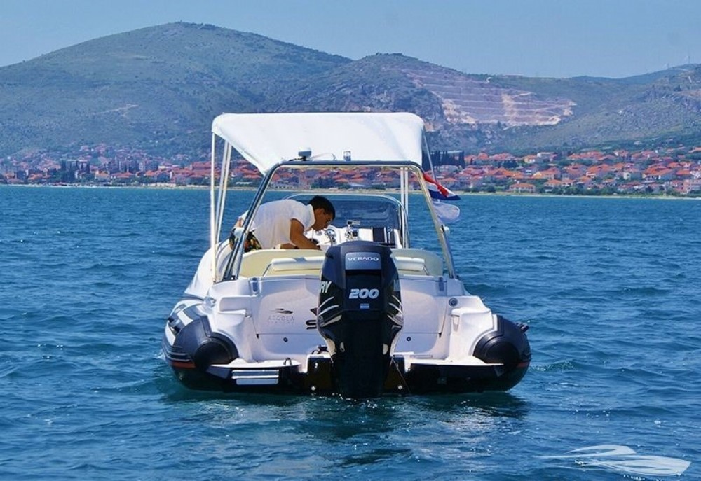 Rental RIB in Trogir - Zar Formenti 65 suite XL