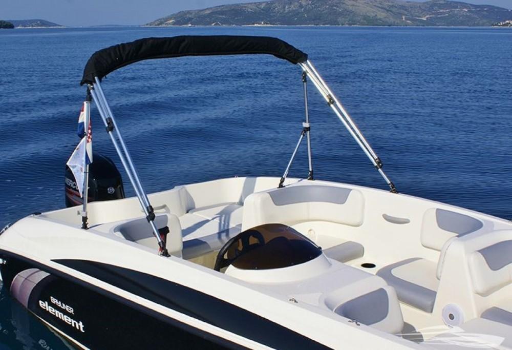 Rental Motorboat in Trogir - Bayliner Element