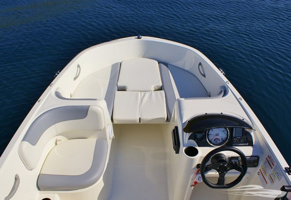 Motorboat for rent Trogir at the best price