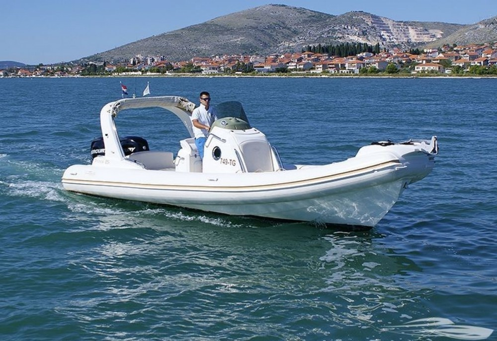 Hire RIB with or without skipper Nuova Jolly Trogir