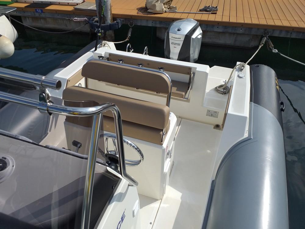Boat rental Salerno cheap Sea fish 700