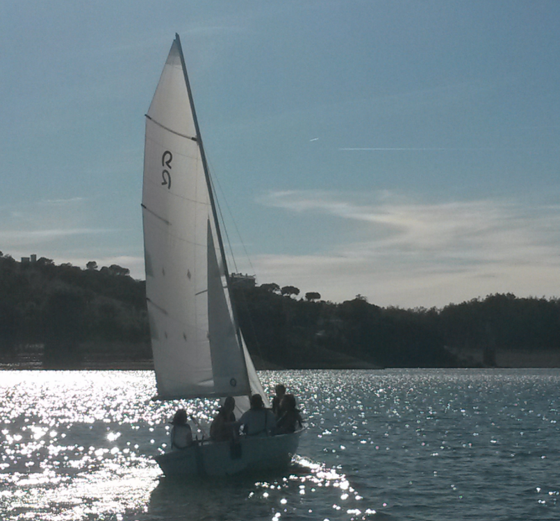 Rental Sailboat Polysier with a permit
