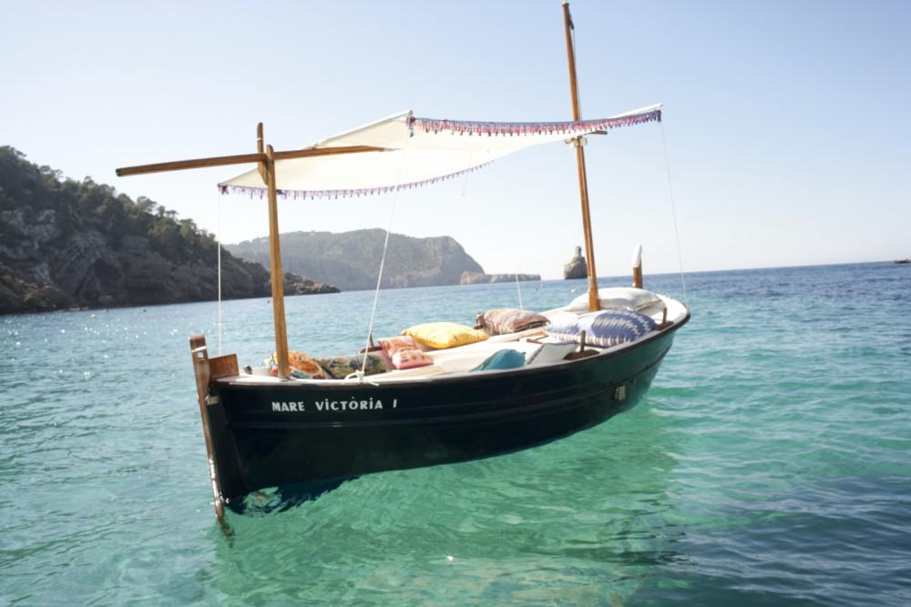 Rent a Llaut Llaut Balearic Islands