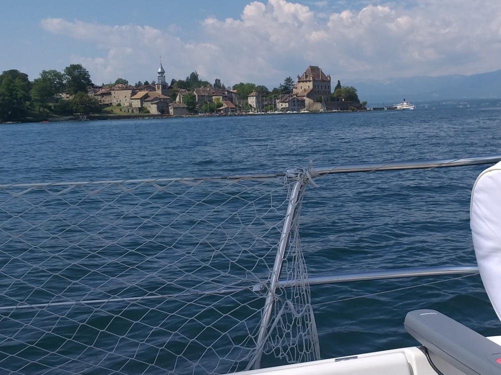 Rental yacht Thonon-les-Bains - Bénéteau First 305 on SamBoat