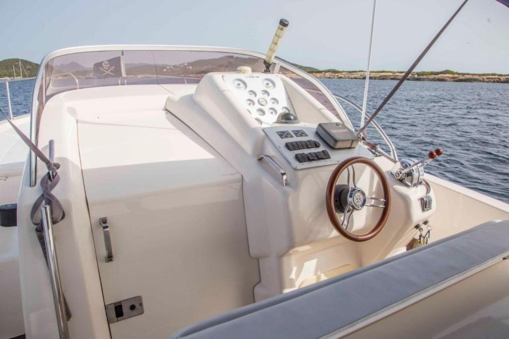 Hire Motorboat with or without skipper Mano Marine