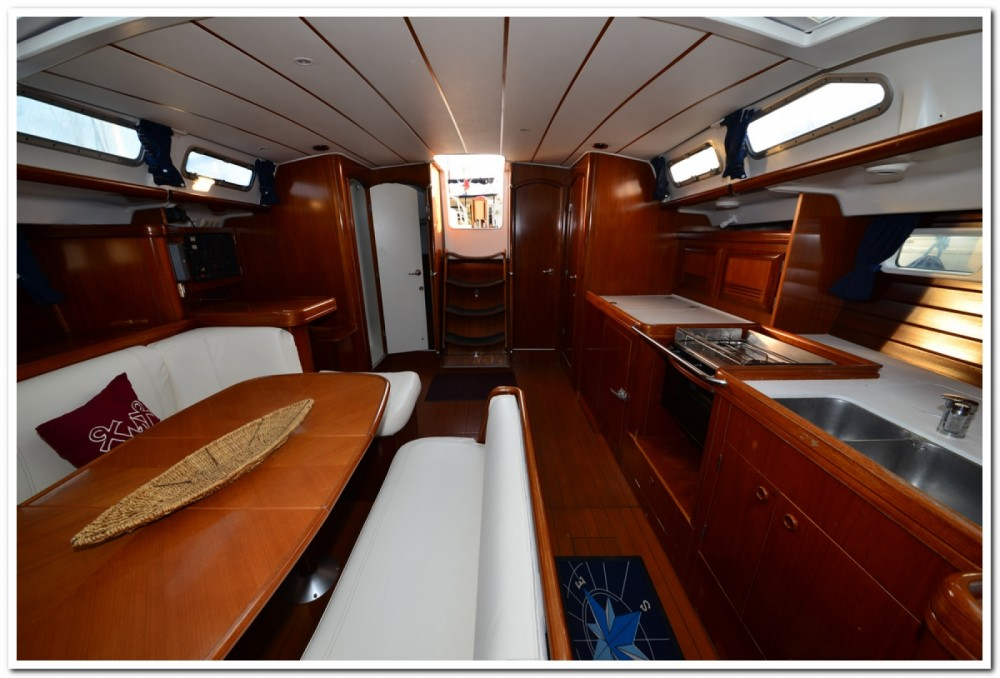Bénéteau Oceanis 473 Clipper between personal and professional La Maddalena
