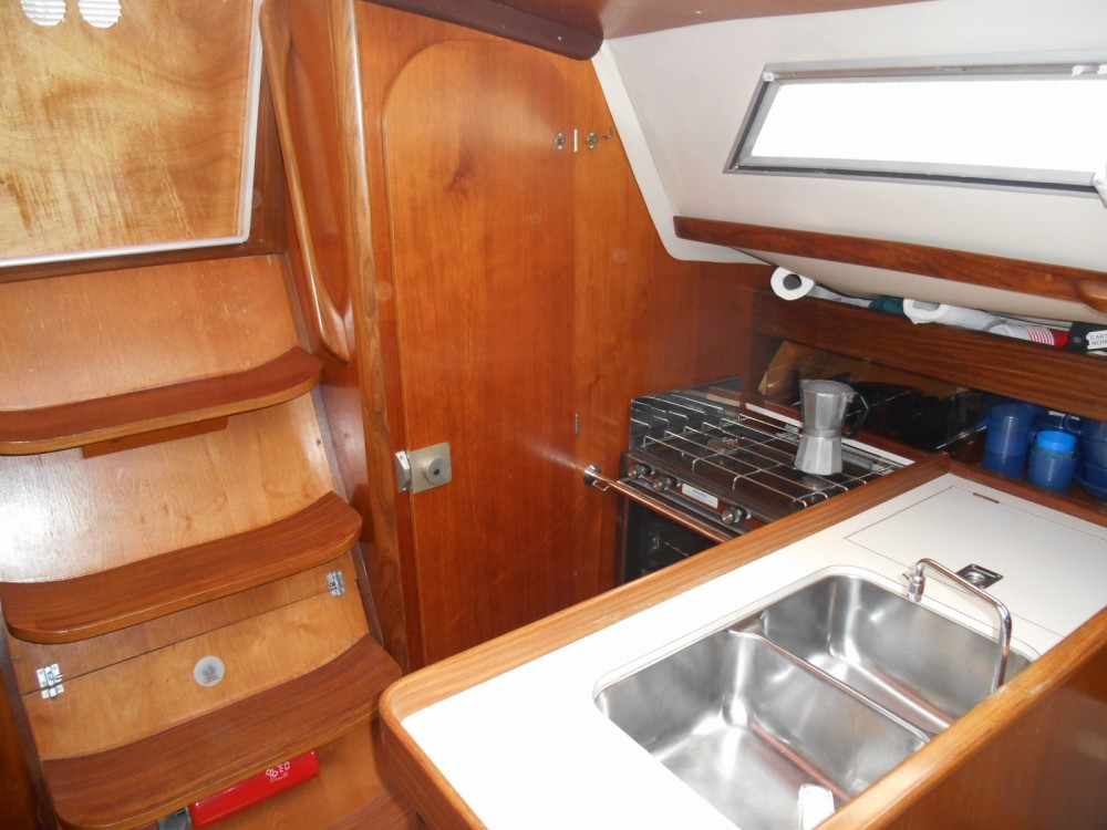Rental Sailboat in Thonon-les-Bains - Bénéteau First 305