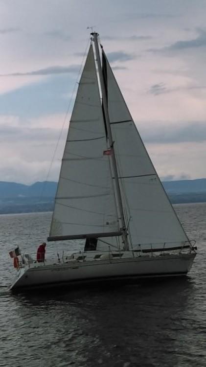 Hire Sailboat with or without skipper Bénéteau Thonon-les-Bains