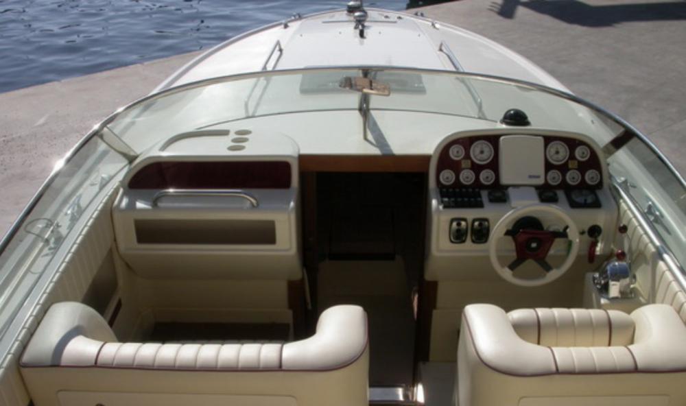 Boat rental Salerno cheap 300 cv