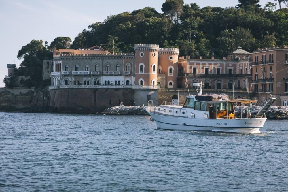 Boat rental Naples cheap Cianciola
