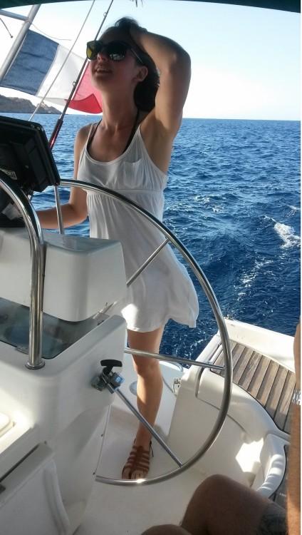 Sailboat for rent Villeneuve-Loubet at the best price