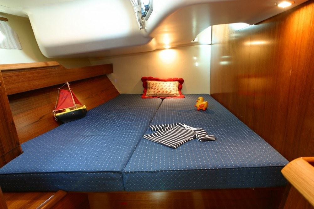 Hire Sailboat with or without skipper Jeanneau Thessaly and Central Greece