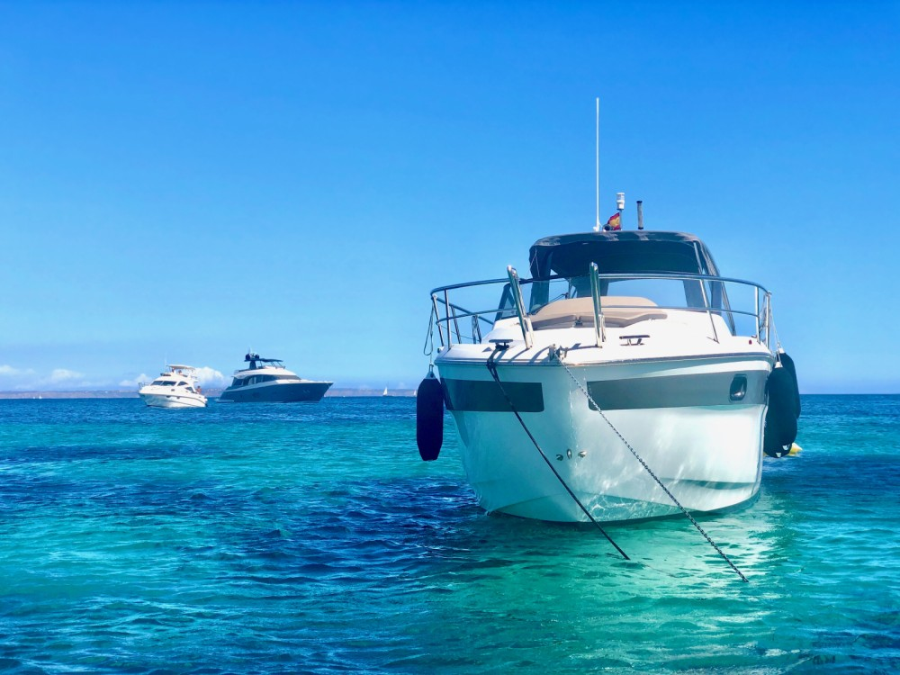 Hire Motorboat with or without skipper Bavaria Palma