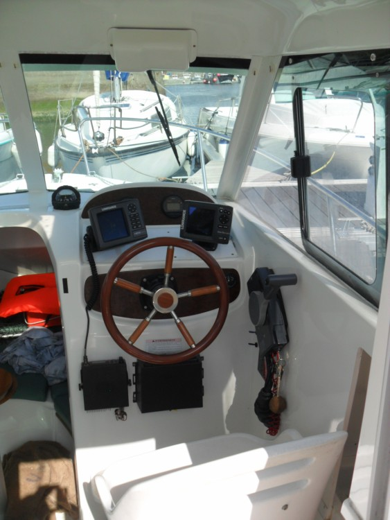 Rent a Jeanneau Merry Fisher 625 HB Grandcamp-Maisy