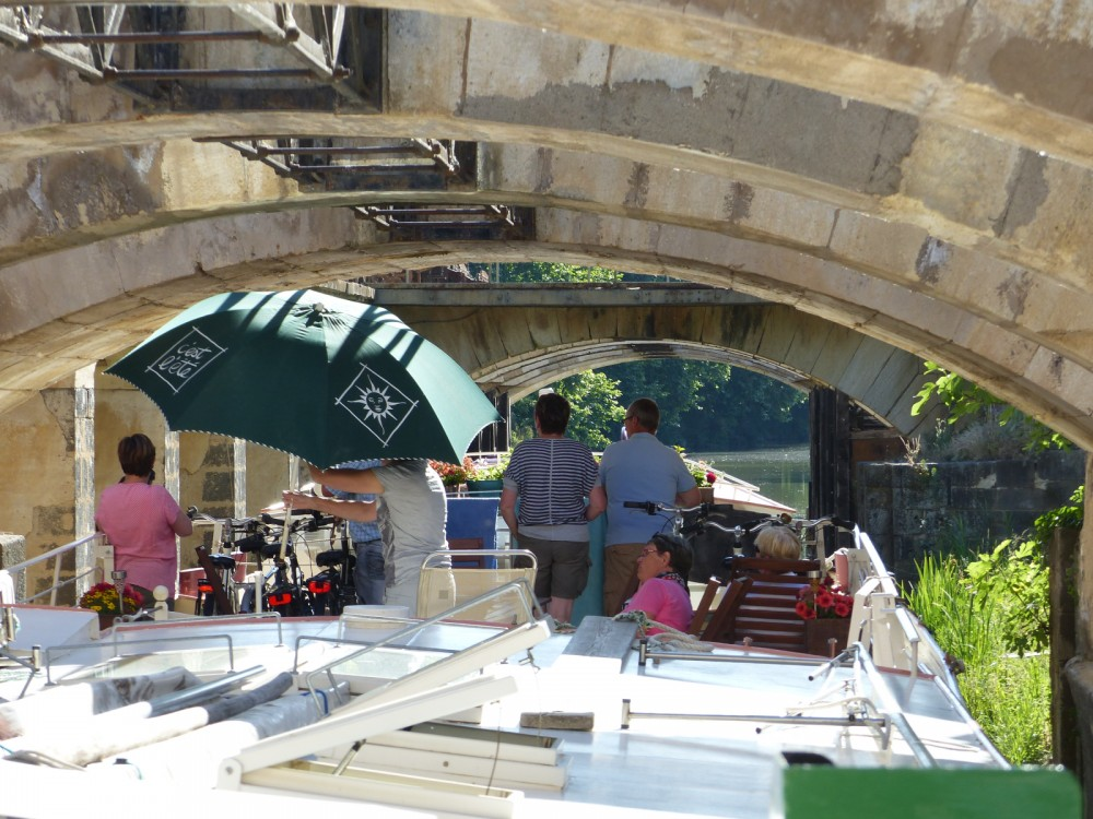 Hire Canal boat with or without skipper Peniche Carcassonne
