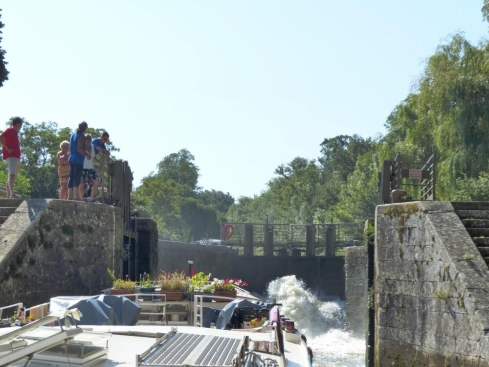 Boat rental Peniche canal du midi in Carcassonne on Samboat