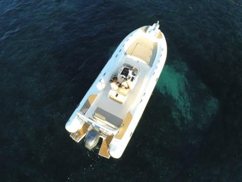 Rental yacht Beaulieu-sur-Mer - Capelli Tempest 700 Sun on SamBoat