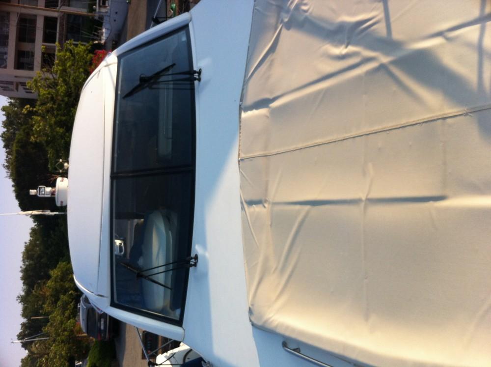 Boat rental Jeanneau Prestige 42s in Saint-Laurent-du-Var on Samboat