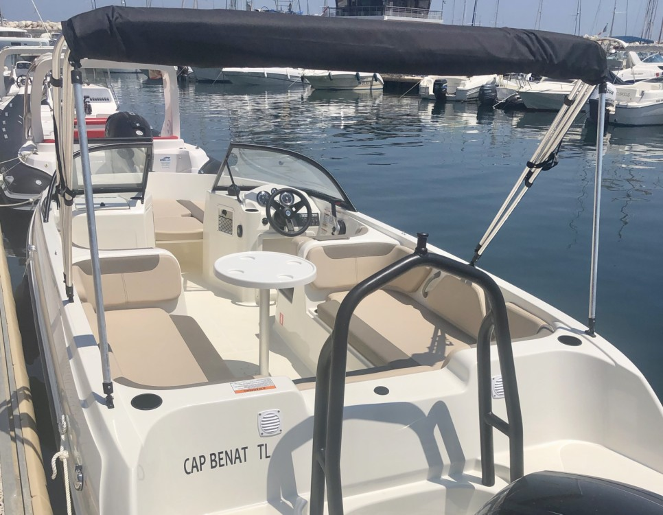 Bayliner Element E7 between personal and professional Bormes-les-Mimosas