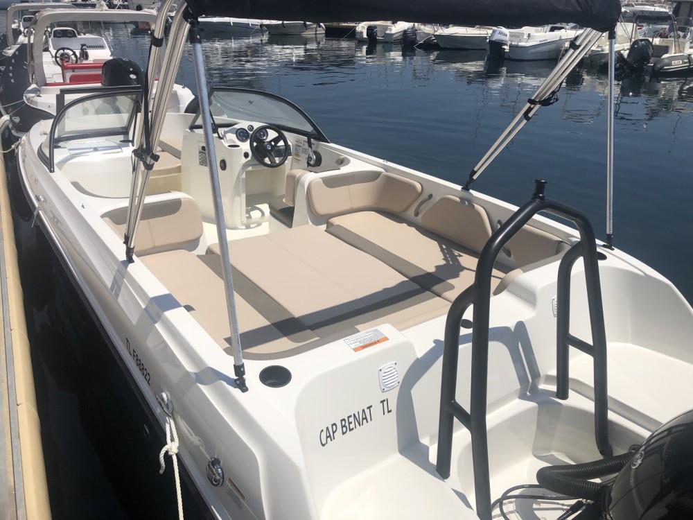 Boat rental Bayliner Element E7 in Bormes-les-Mimosas on Samboat