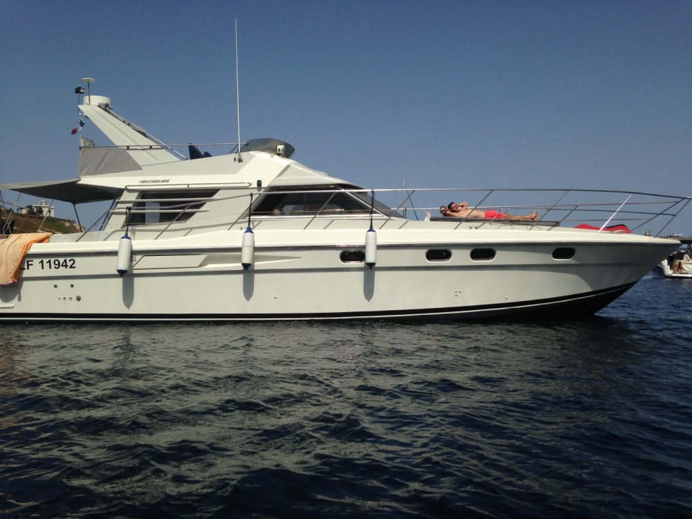 Hire Motorboat with or without skipper Fairline Hyères