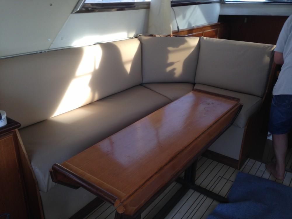 Rental Motorboat in Hyères - Fairline Fairline 50 Fly