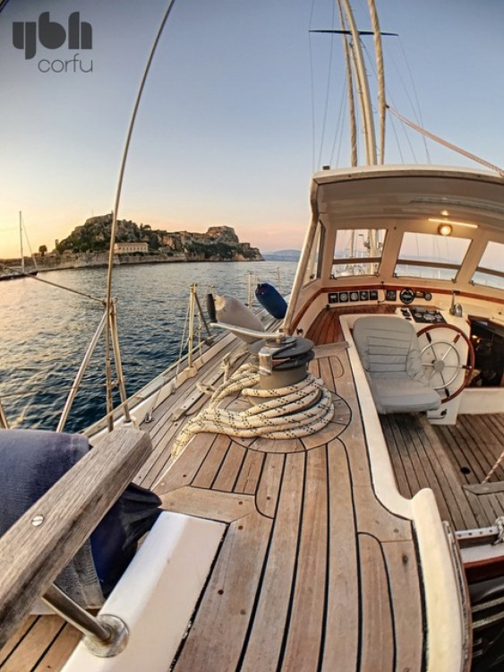 Hire Sailboat with or without skipper Cnso Corfu