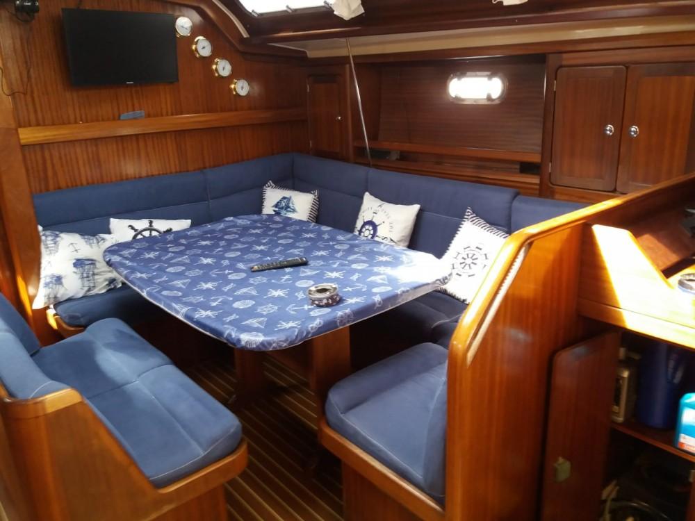 Boat rental Marsala cheap Bavaria 47