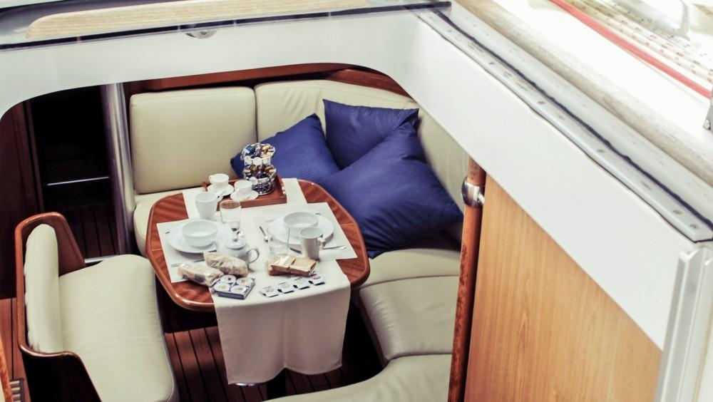 Sailboat for rent Santa Maria di Leuca at the best price