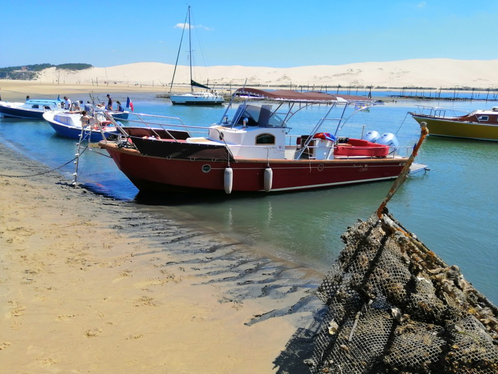 Rental Motorboat in Arcachon - Beacher Beacher V10 Croisière