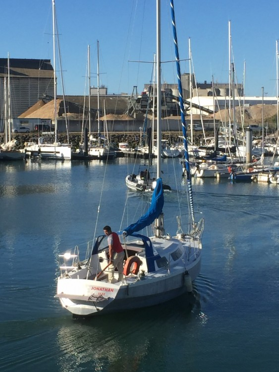 Boat rental Alubat Ovni 31 in Les Sables-d'Olonne on Samboat