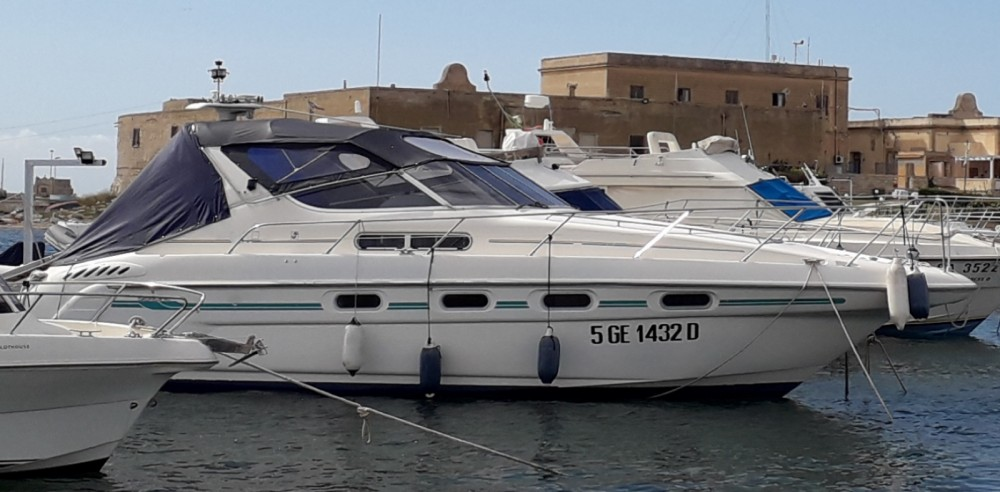 Hire Motorboat with or without skipper Sealine Trapani