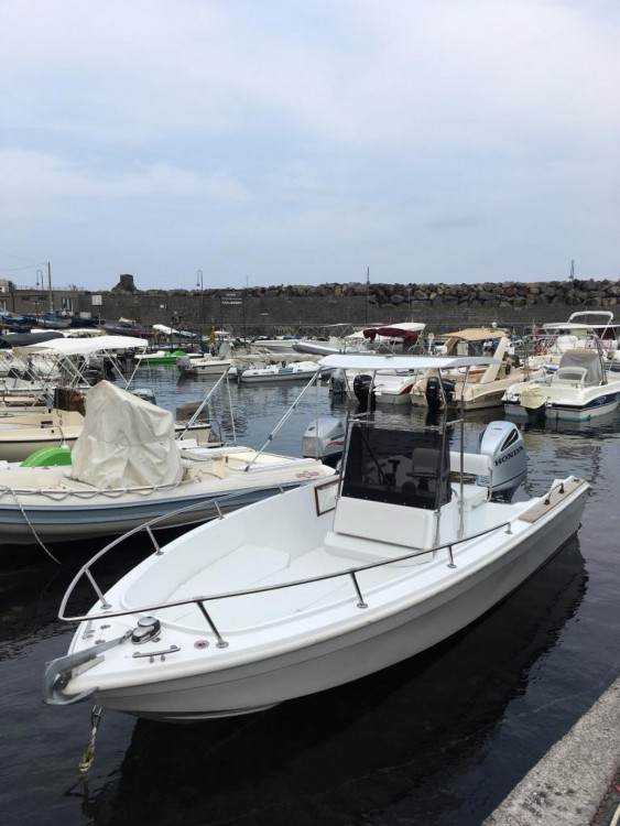 Rental Motorboat Open with a permit