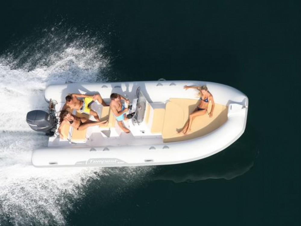 Boat rental Capelli Tempest 625 in La Trinité-sur-Mer on Samboat