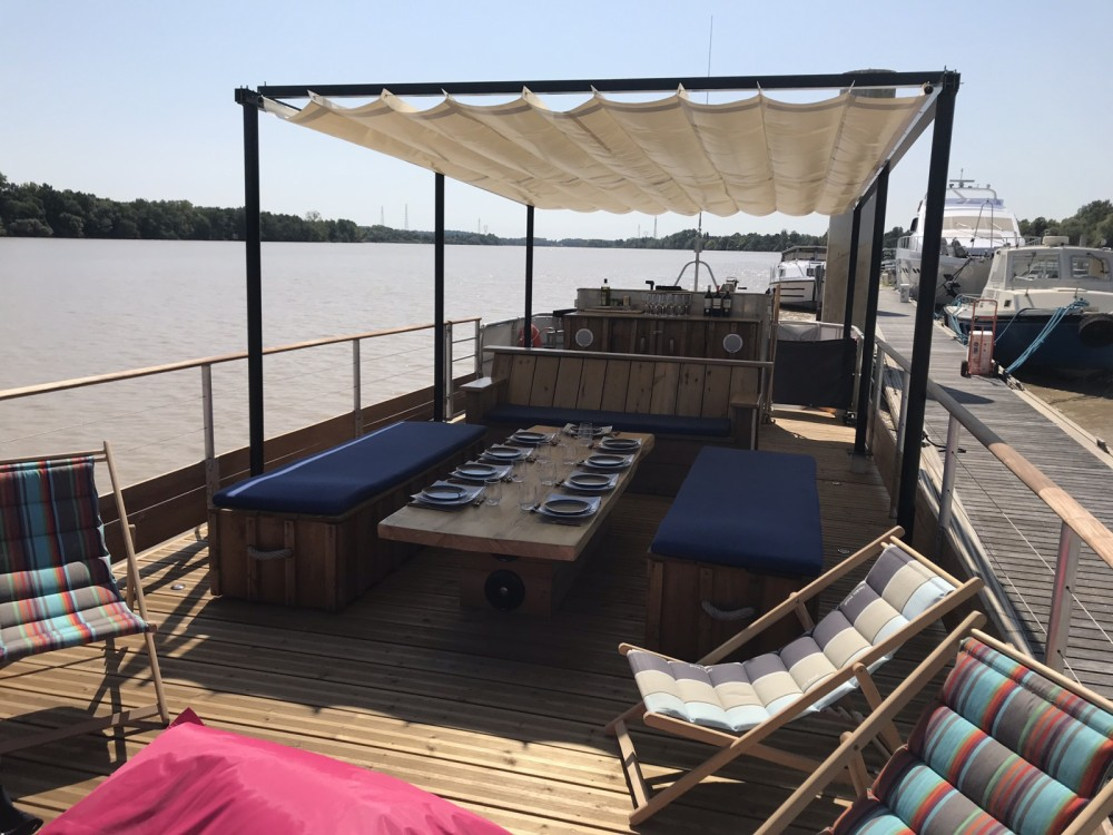 Rental Motorboat in Bordeaux - CAI Patte d'Ours