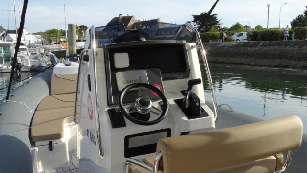 RIB for rent La Trinité-sur-Mer at the best price