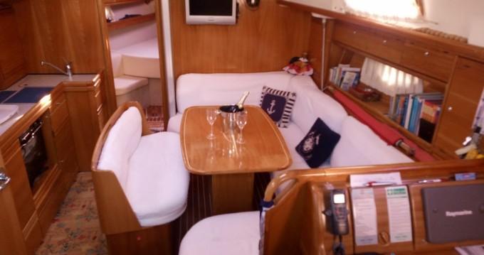 Rental Sailboat in Genova - Bavaria Bavaria 39 Cruiser