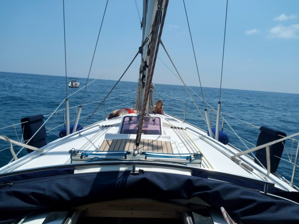 Hire Sailboat with or without skipper Bavaria Genoa