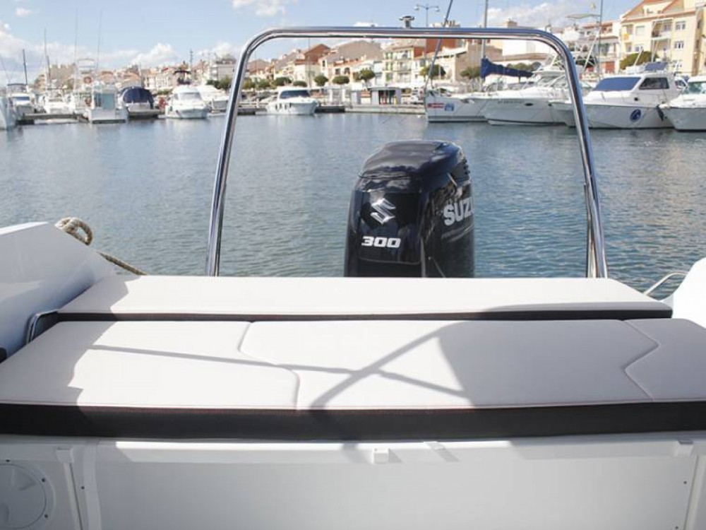 Motorboat for rent Sant Carles de la Ràpita at the best price