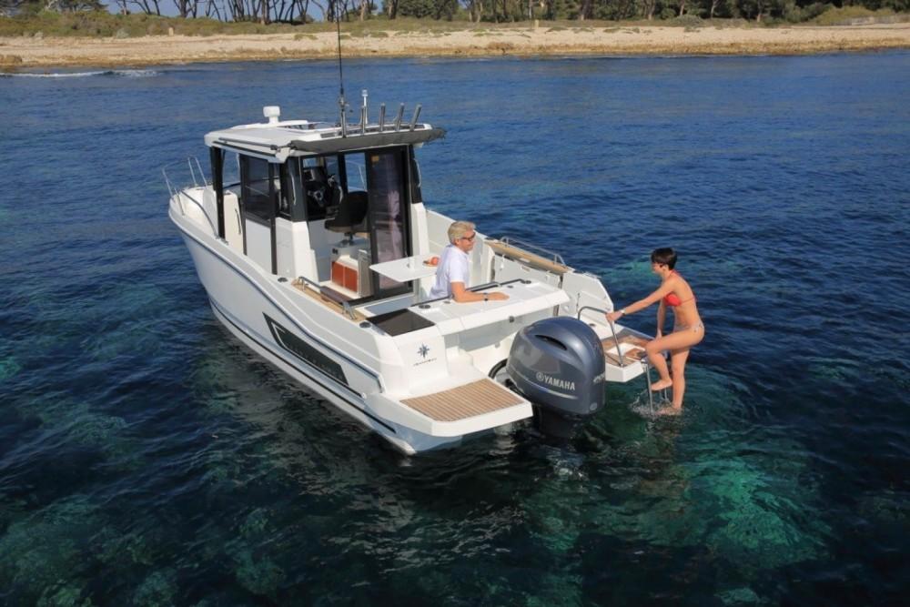 Boat rental La Trinité-sur-Mer cheap Merry Fisher 795