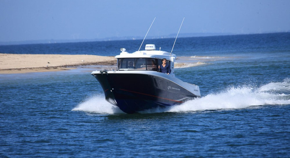 Bénéteau Barracuda 9 between personal and professional La Trinité-sur-Mer