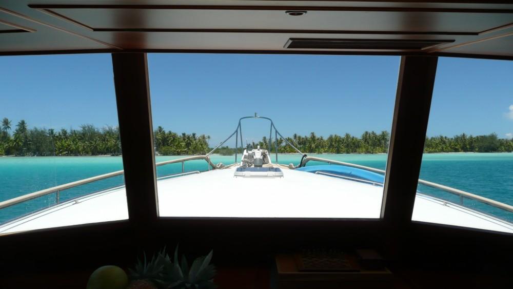 Rental Motorboat in  - Grand Banks Grand Banks 46 Europa