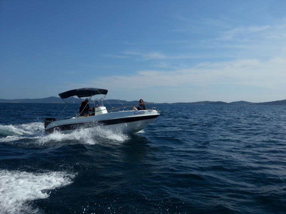 Boat rental Blumax 19 in Općina Bibinje on Samboat